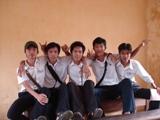 5 anh em